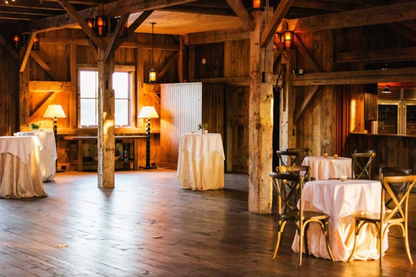 lake-oconee-wedding-barn