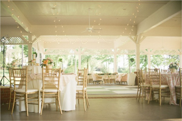 Pictures of pavilion wedding on lake oconee